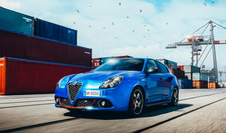 Alfa Romeo: Sport-Giulietta in Carbon-Optik